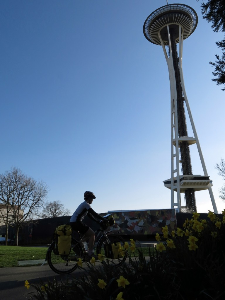 Kristin and the obvious Seattle landmark.