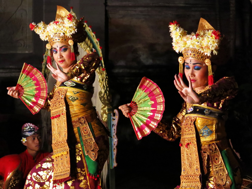 Legong dancers take the stage at Ubud Palace.